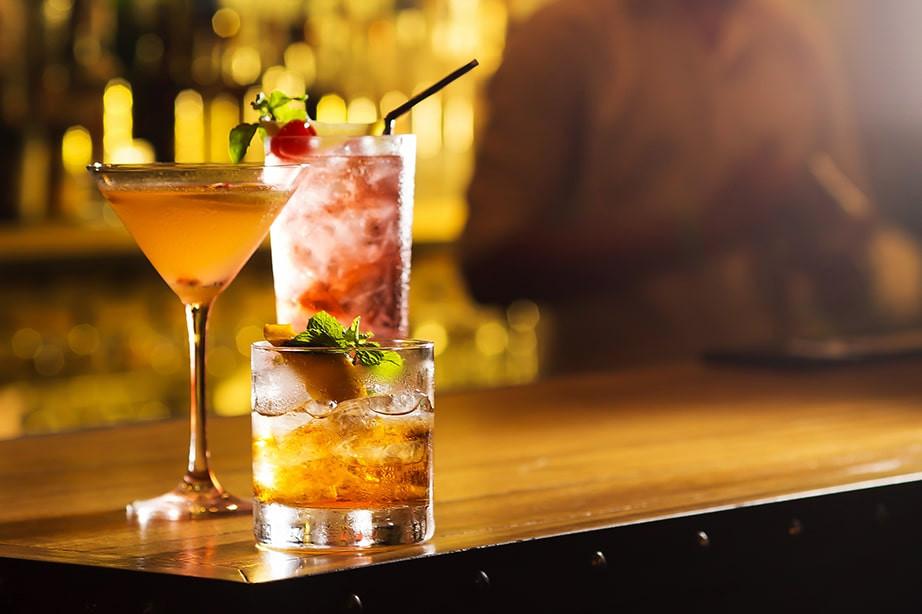 Formation Mixologie : apprenez à réaliser des cocktails avec des cours par Barseasons