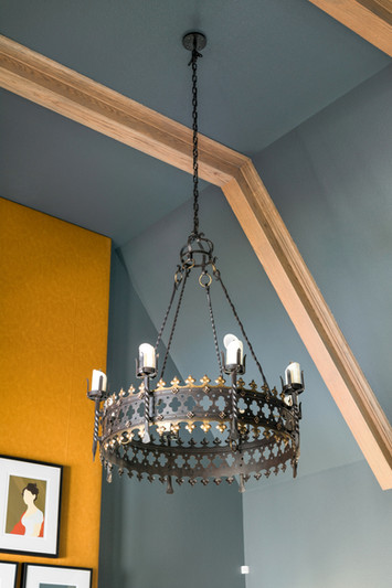 sh2019_great-room-12-chandelier-kb2a1028