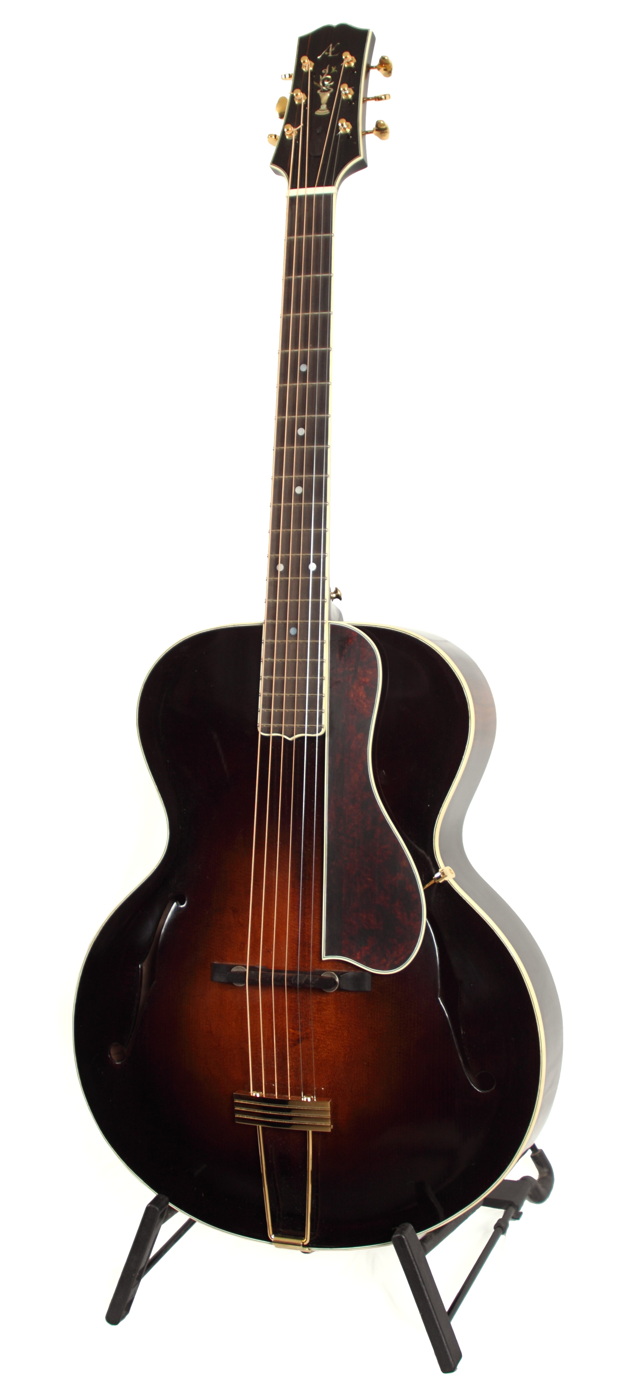 Archtop 1 01