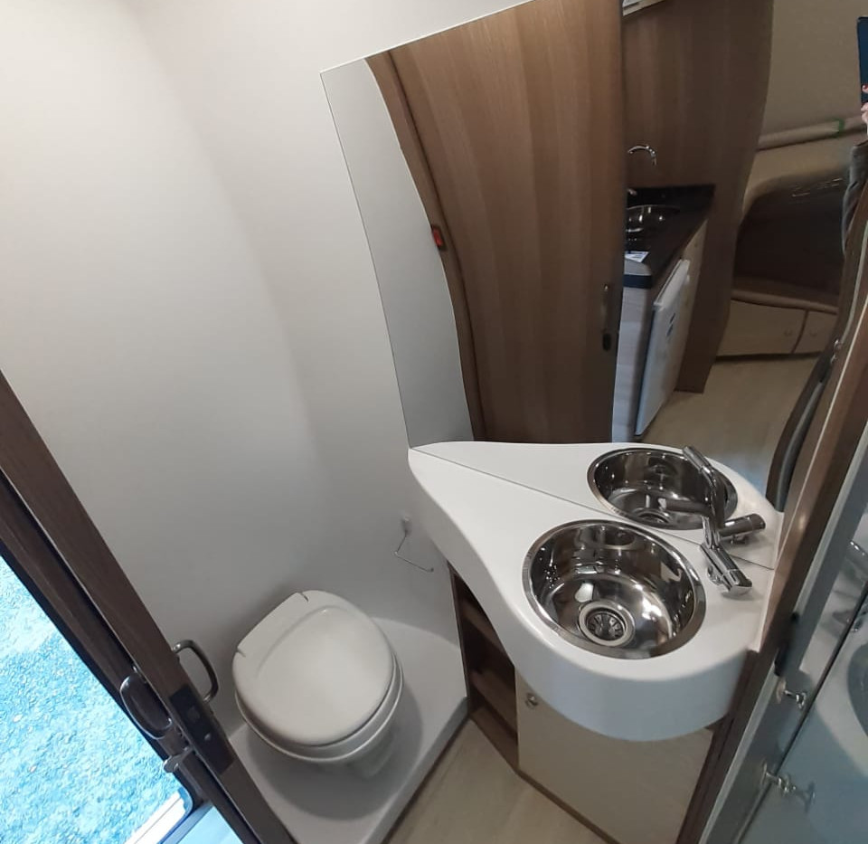 5- Banheiro 1.jpeg