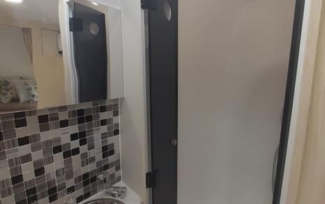 6- Banheiro 3.jpeg