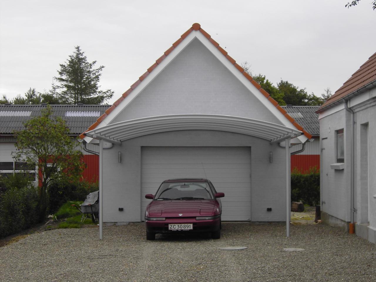 Carport monteret på hus