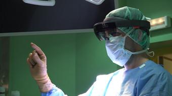 El Hospital Gregorio Marañón desarrolla un proyecto pionero que permite hacer uso de la realidad mix