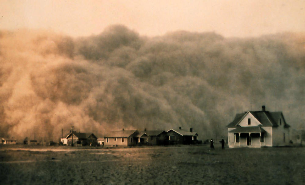 Dustbowl storm over Texas 1935.