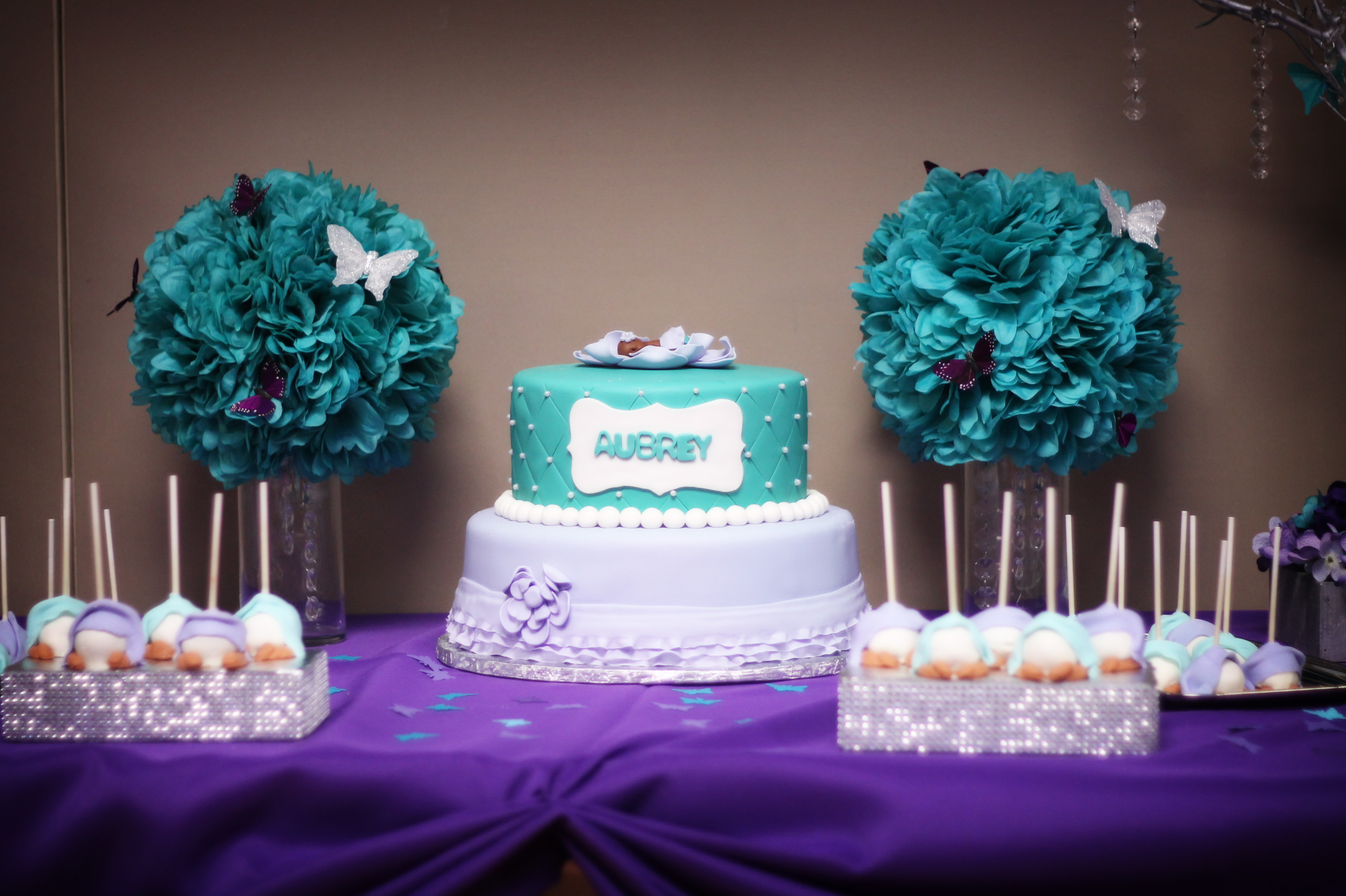 Lilac & Turquoise Cake