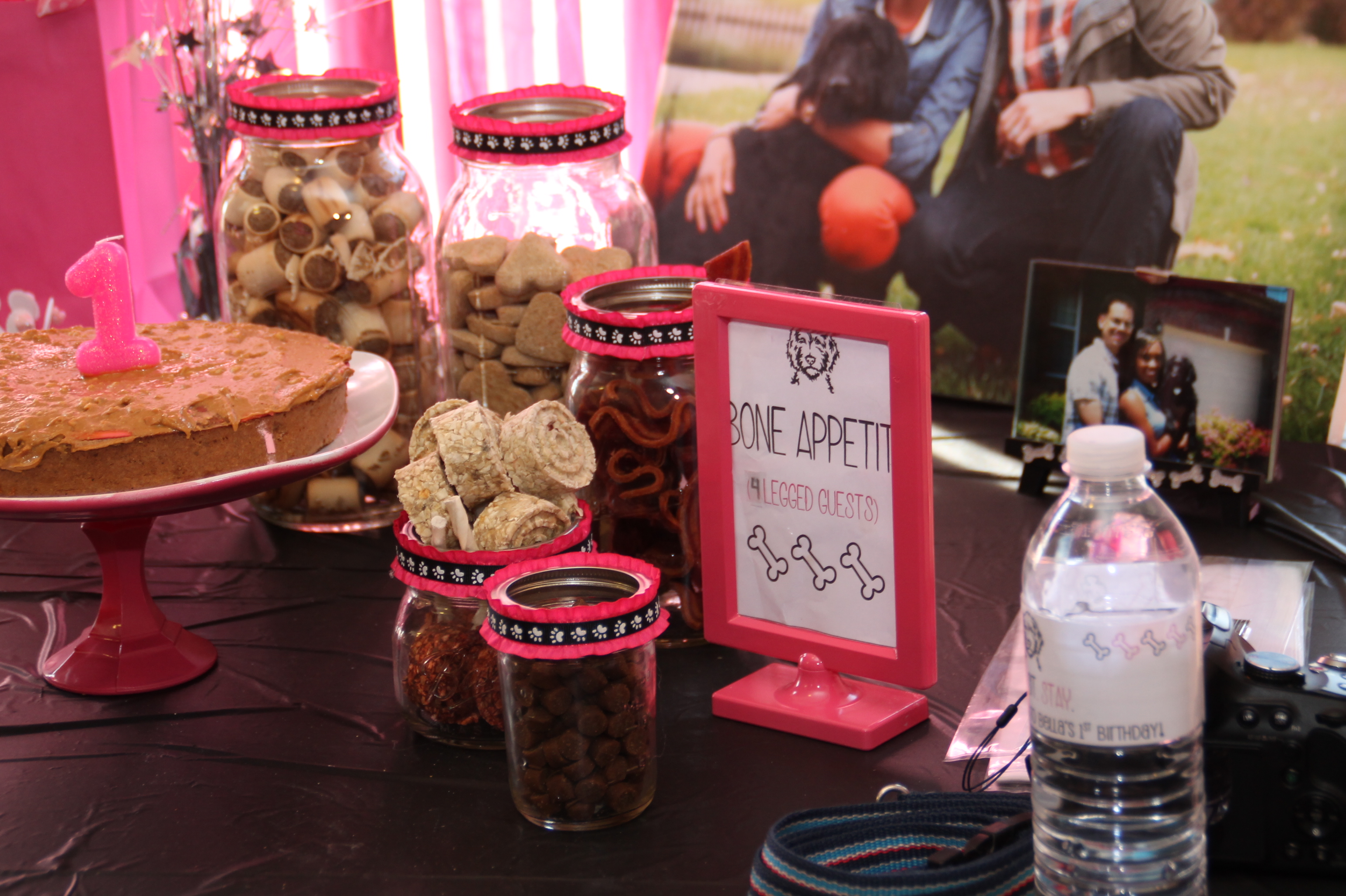 Dog Treat Birthday Table