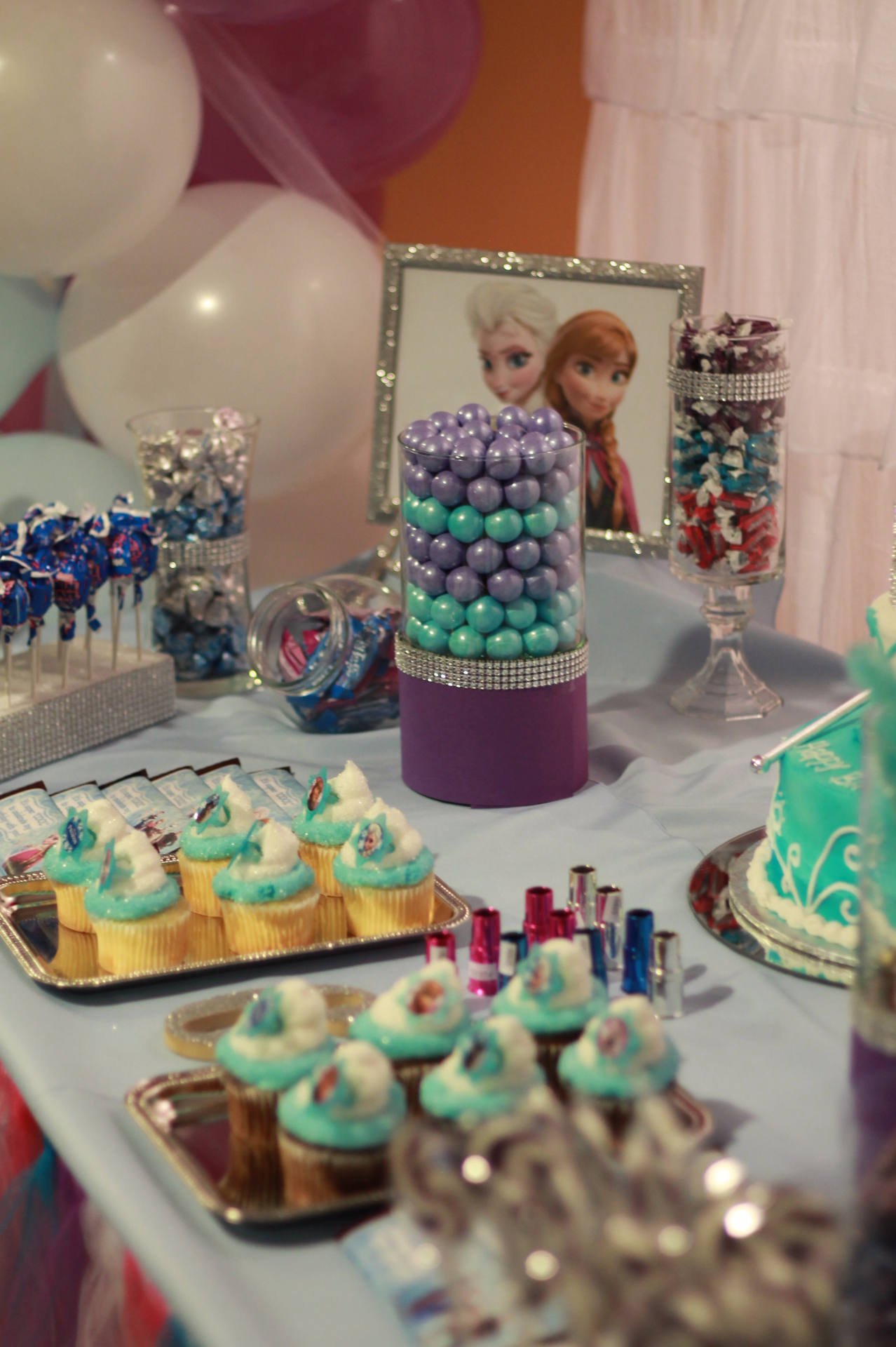 Frozen Birthday Treat Table