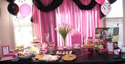 Birthday table decor