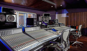 Hideout Recording Studios - Las Vegas.jp