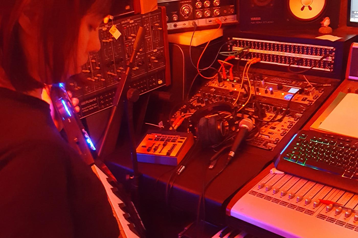 Pion Leung recording in studio.