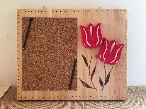 Cornice con  tulipani