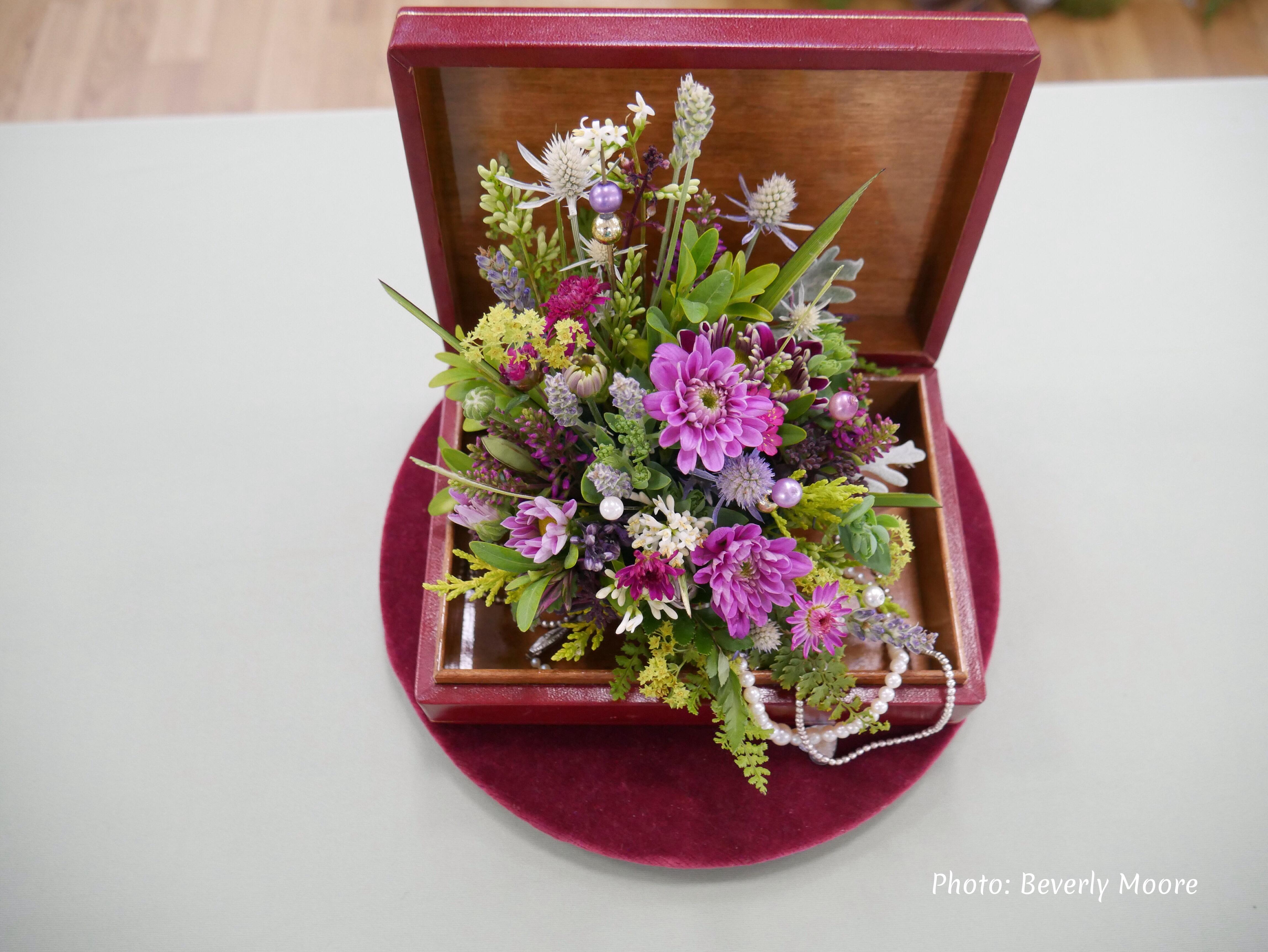PETITE - THIRD - IRENE MORRIS