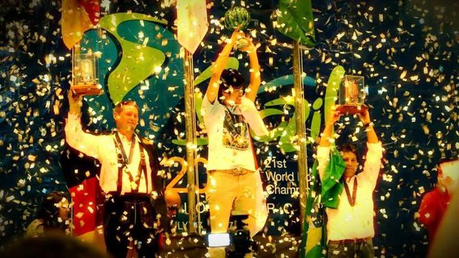 O Brasil pela BlueSky é medalha de Bronze no mundial de Balonismo