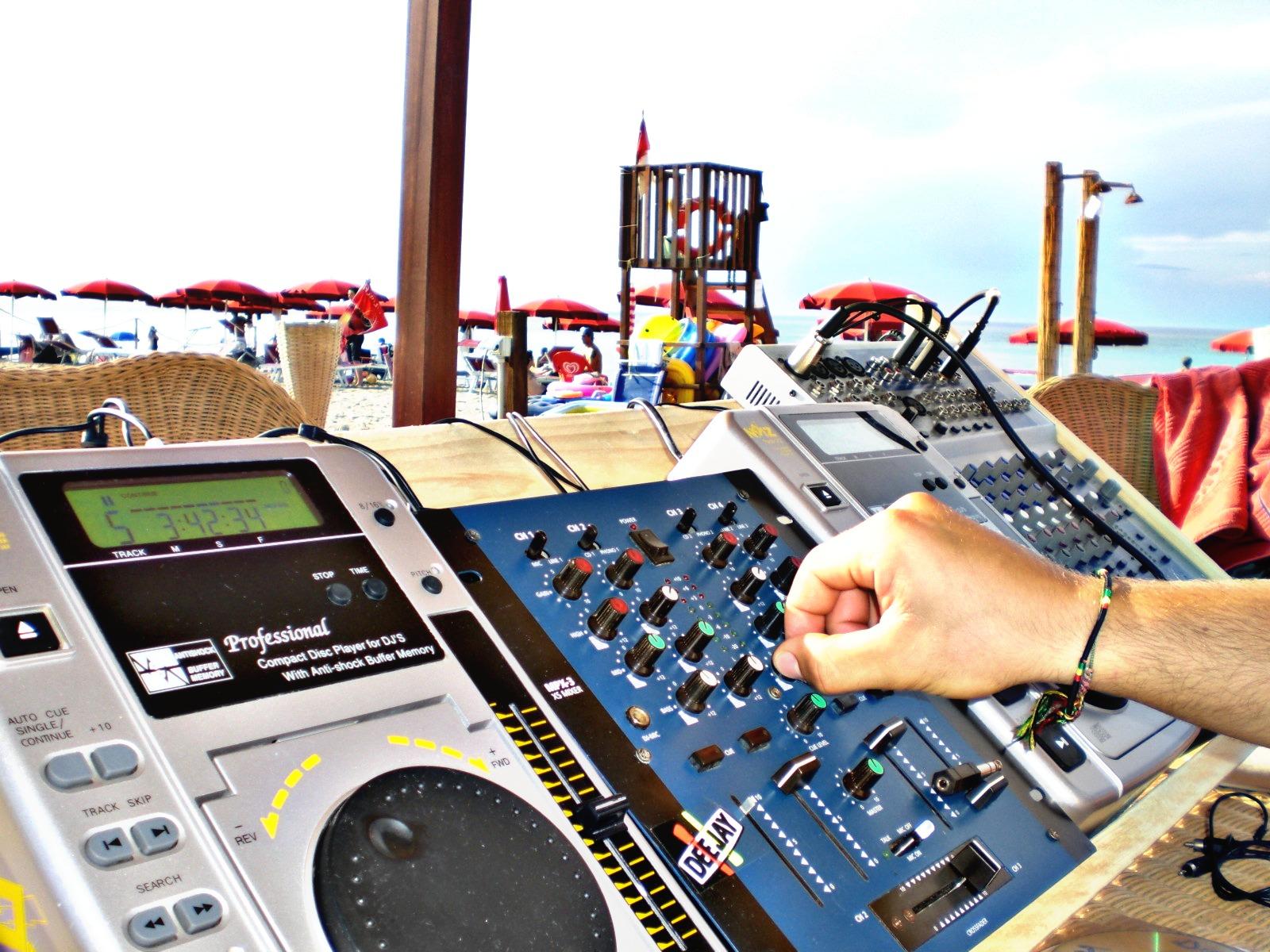 musica spiaggia cariati