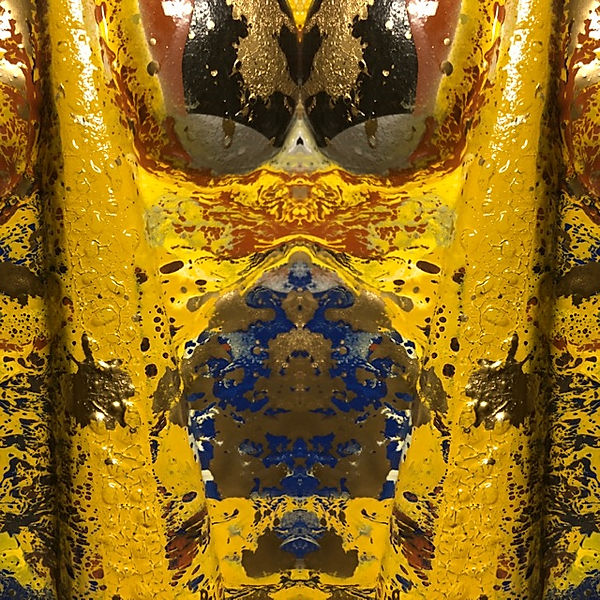 yellow mask blue center.JPG