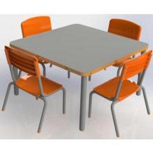 conjunto pré-escolar com cadeiras em polipropileno