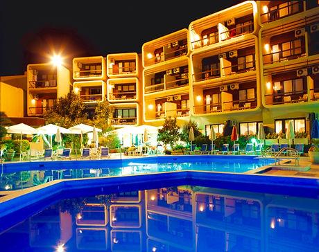 Piscina-Hotel-Florida-Notturna