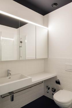 Umbau Wohnhaus Zürich: Badezimmer 3-Zimmer Wohnung (Bild Simon Fässler)