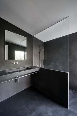 Umbau Villa am See Pella: Badezimmer