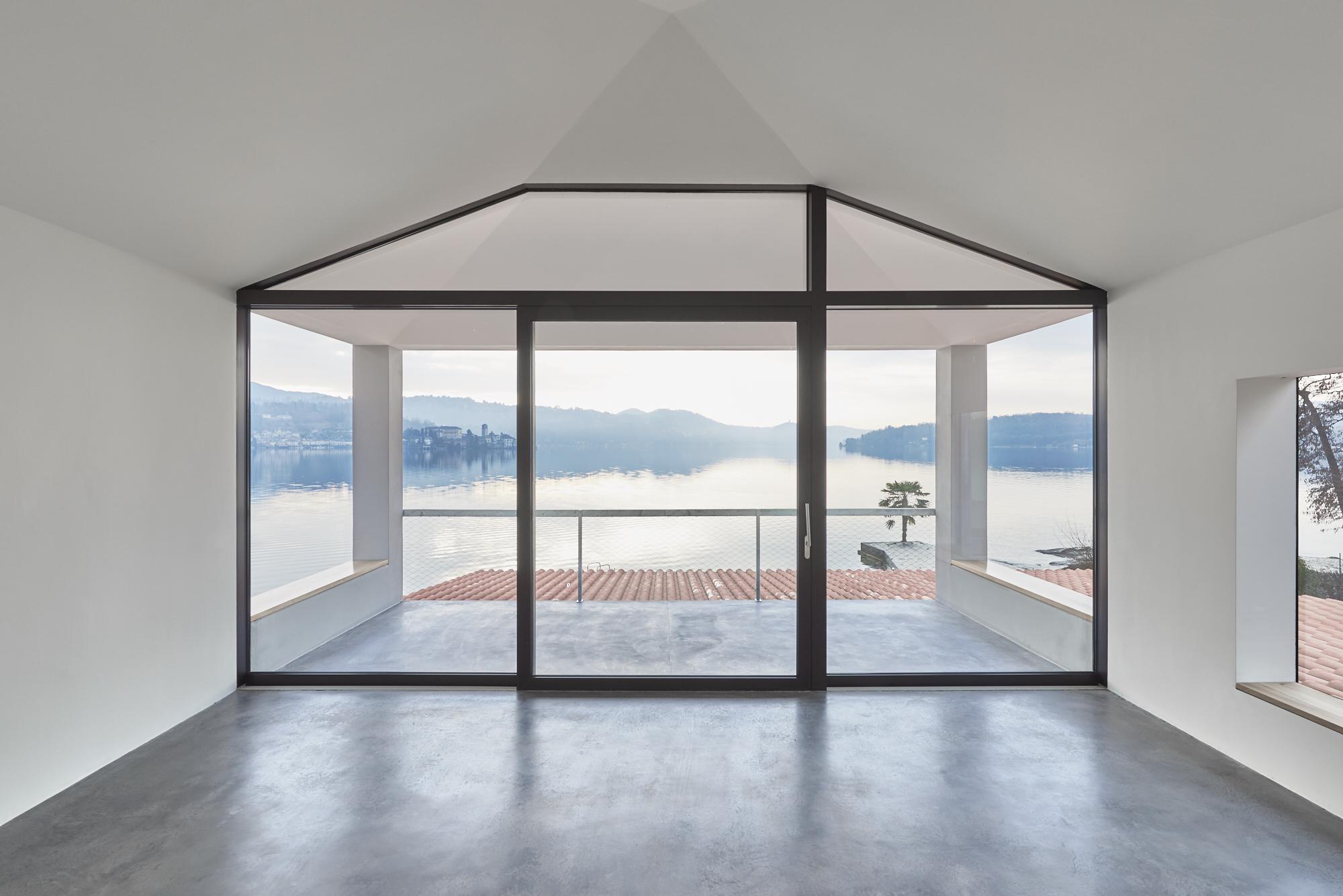 Umbau Villa am See Pella: Esszimmer