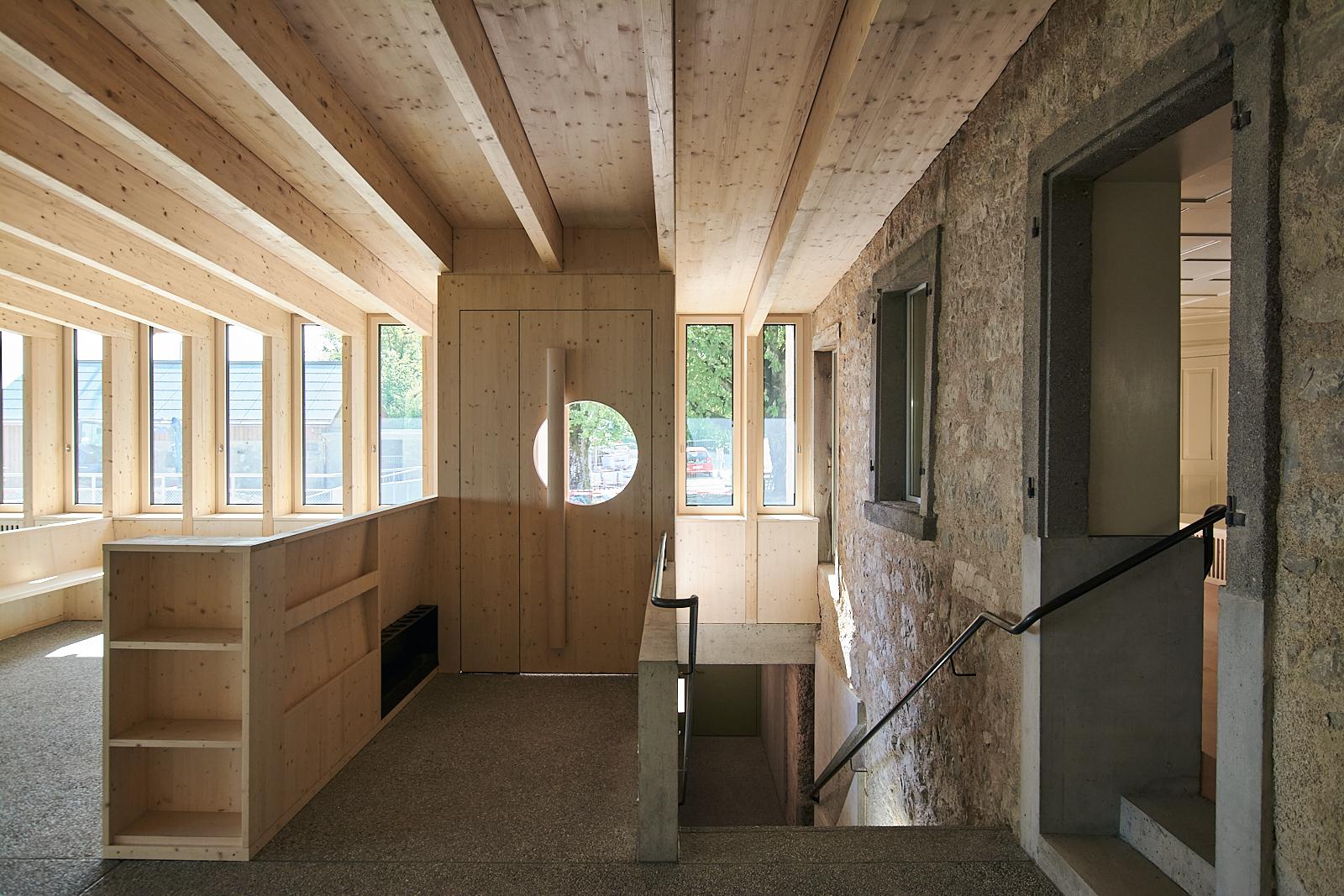 Sanierung Bergrestaurant Lägern Hochwacht: Eingangsbereich