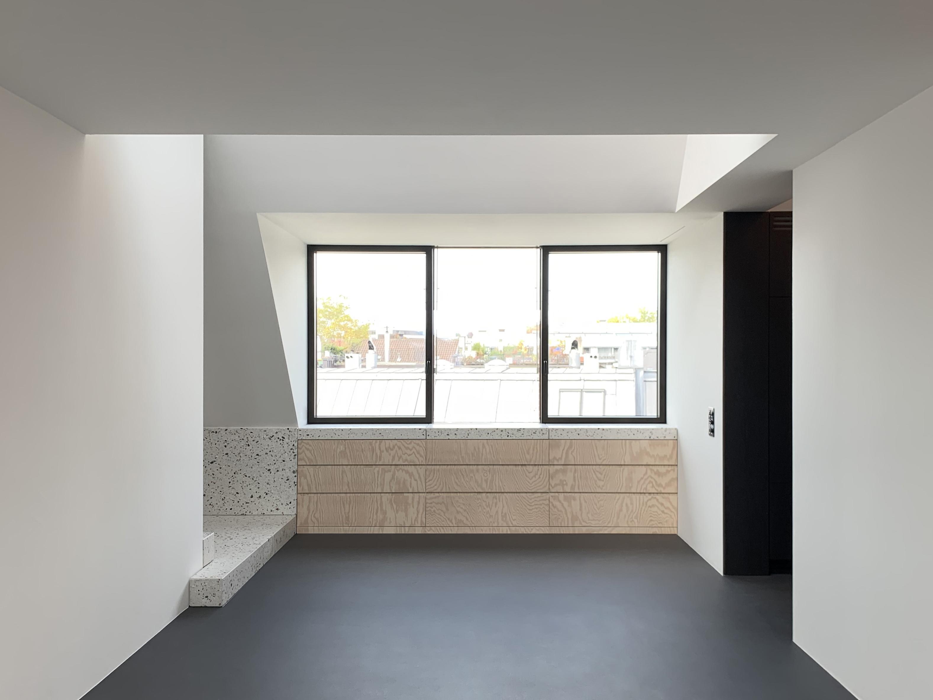 Umbau Wohnhaus Zürich: Wohnraum Dachwohnung