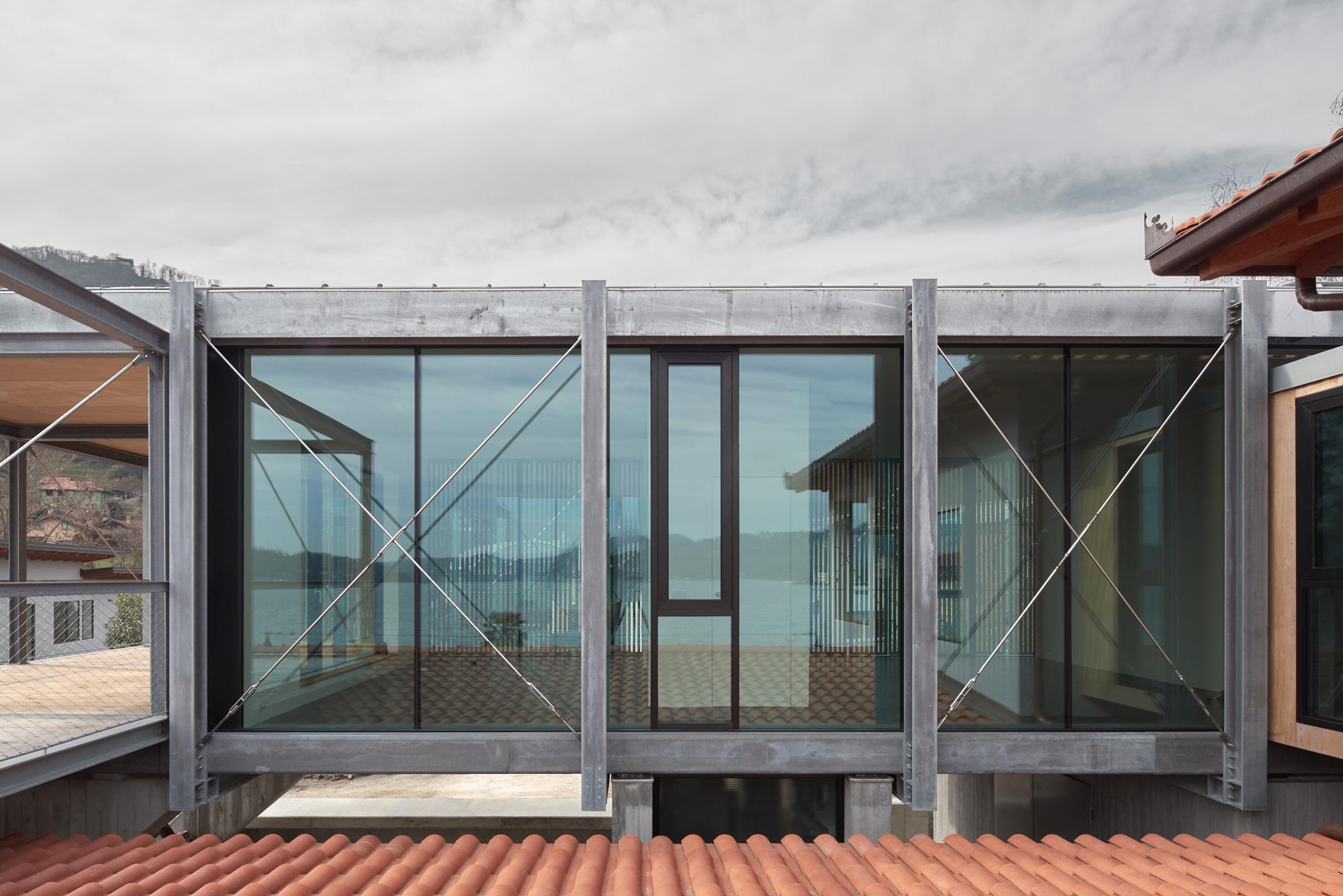 Umbau Villa am See Pella: Anbau