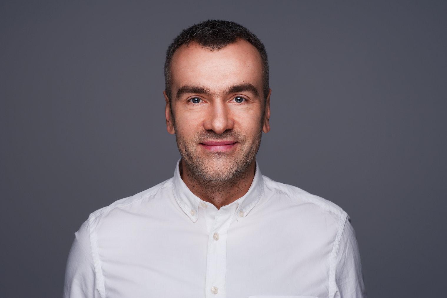 Witek Janowski, coaching biznesowy i osobisty we Wrocławiu. Spotkania online Zoom