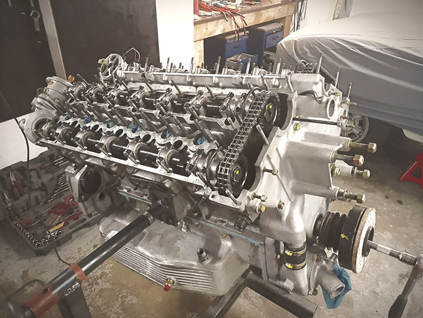 Ferrari colombo v12 rebuild