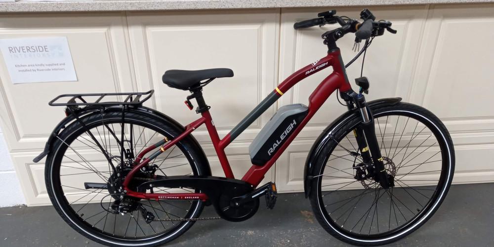 Raleigh Array e-bike.jpg
