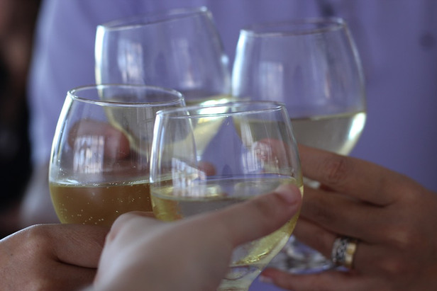 Party on a Dime: How to Plan an Inexpensive Bachelorette Party