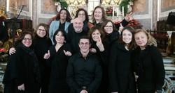febbraio 2020 -  Ischia Gospel Choir - foto di gruppo nella Collegiata dello Spirito Santo