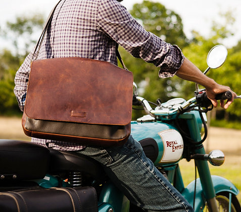 Osgoode Marley - The Malachi Messenger Bag