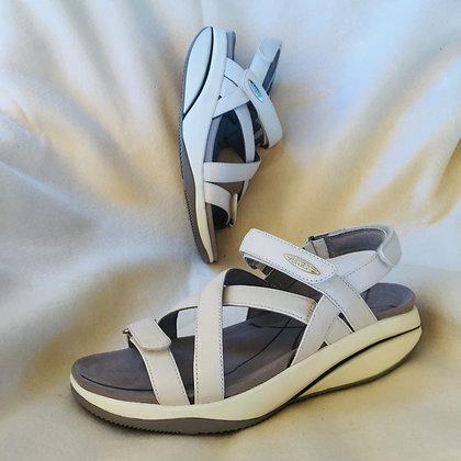 MBT Kiburi Ladies Sandal