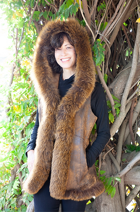 Chosen Furs - Break Lamb Leather Vest with Fox
