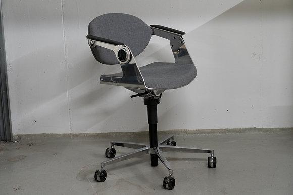 K+N Balance.Chair