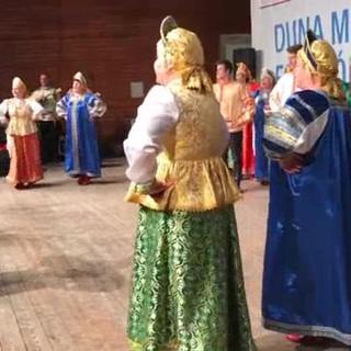 Выступление хора Калинка в городе Калоча. Венгрия.
