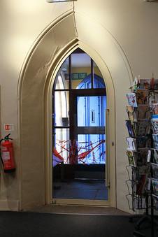 Foyer-11.jpg