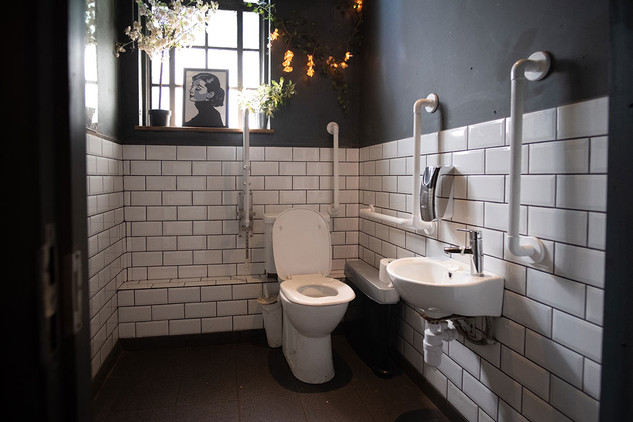 The-Forum-Toilets-04.jpg