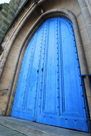 Trinity-Entrance-Stairs02.jpg