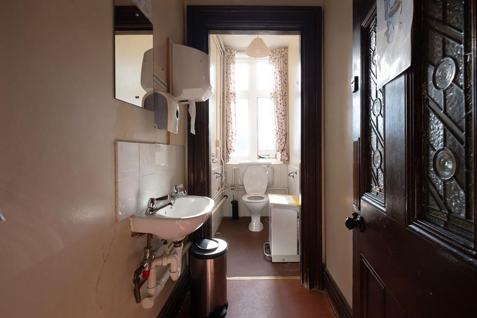 MEH Bathroom-03.jpg