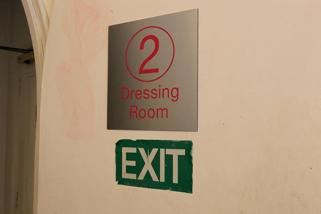 Dressing-Rooms-08.jpg