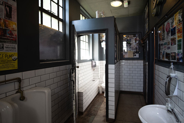 The-Forum-Toilets-03.jpg