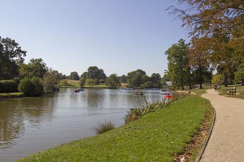 Dunorlan Park-01.jpg