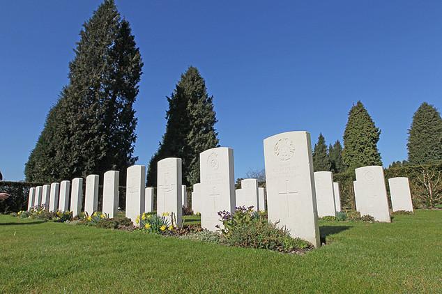 War Graves-03.jpg