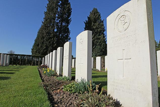 War Graves-05.jpg