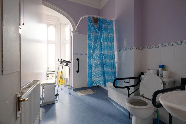 MEH Bathroom-06.jpg