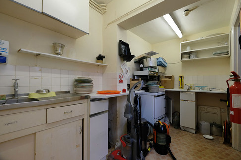 MEH Kitchen-16.jpg