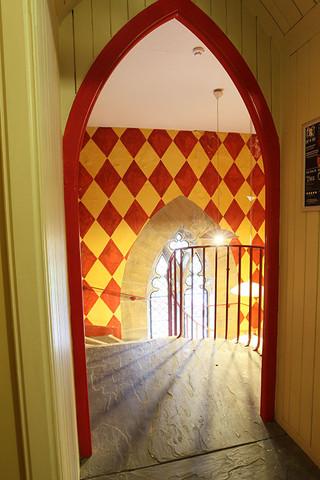 Trinity-Entrance-Stairs27.jpg