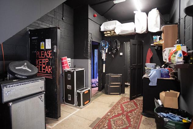 The-Forum-Backstage-02.jpg